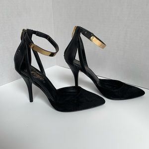 Fergie- Black Pointed Heels